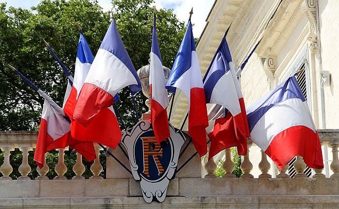 Francuska oduzima Asadu Legiju časti