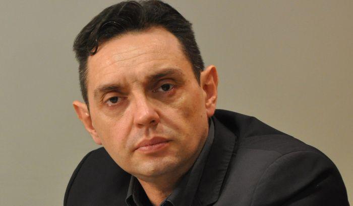 Centar za evroatlantske studije zabrinut zbog predloga da Vulin bude ministar odbrane