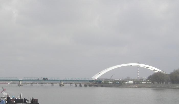 Rukovodioci radova na Žeželjevom mostu brane se sa slobode
