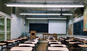 Vojvođanski nastavnici na obukama, umesto na godišnjem