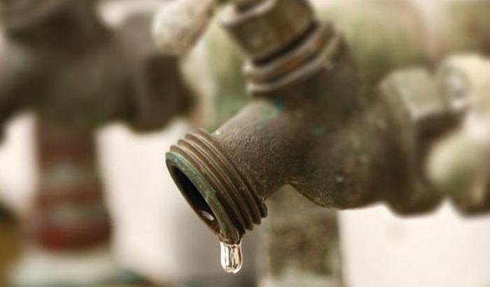 Celo selo mesec dana nema vode zbog krađe kablova