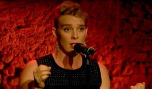 VIDEO: Pevačica umrla tokom nastupa