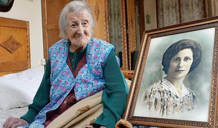 Na 117. rođendan kaže da je tajna dugovečnosti izbegavanje medikamenata