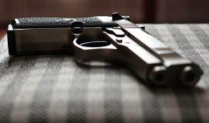 Četvorogodišnjak upucao brata, mislio da je pištolj igračka