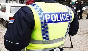 Novosadski policajci sami sebi kupuju osnovnu opremu
