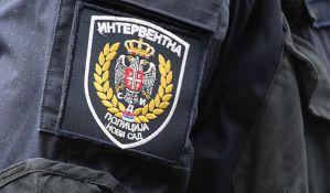 Novosađanin uhvaćen tokom krađe, napao policajca i lakše ga povredio