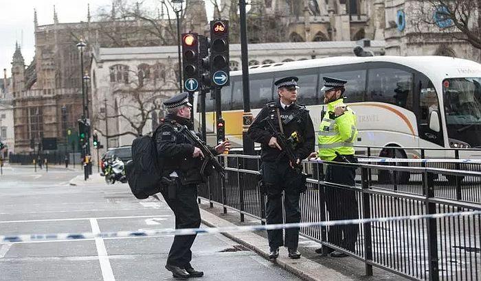 Racije u Londonu nakon terorističkog napada