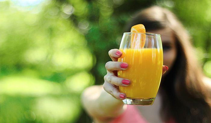 Zašećereni voćni sokovi opasni za srce