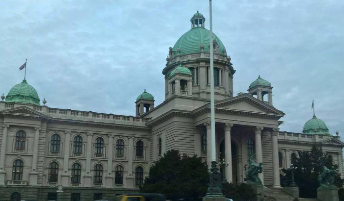 Živković: Zabranjeno uvođenje gostiju u parlament