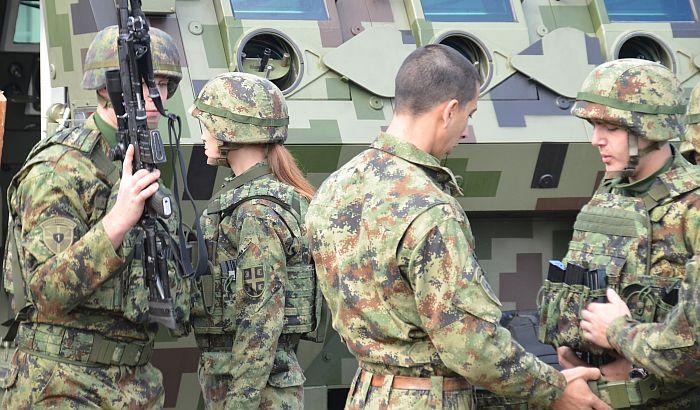 Radojičić: Neozbiljan pristup modernizaciji Vojske