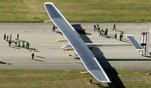 Solarni avion sleteo u Arizoni