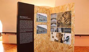 FOTO: U Vojnoj bolnici otvorena izložba o obnovi podgrađa Petrovaradinske tvrđave