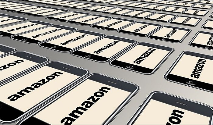 Roba sa nacističkom tematikom na Amazonu