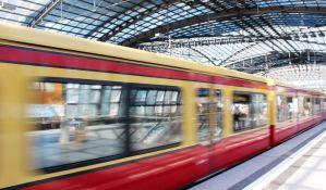 Novi nemački brzi voz prvog dana kasnio dva sata