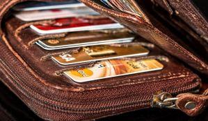 Zavod za statistiku: Prihodi domaćinstva oko 1.000 dinara manji od izdataka