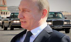 Putin: Novinari ne smeju da vređaju