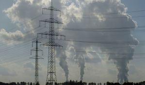 U delovima Irana zatvorene škole zbog zagađenja vazduha