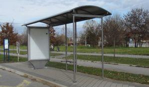 Dvojica Novosađana lomila stakla na autobuskoj stanici