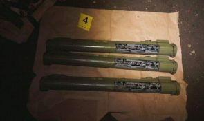 FOTO: Vozali se s dinamitom, minom, raketnim bacačima i pištoljem u automobilu