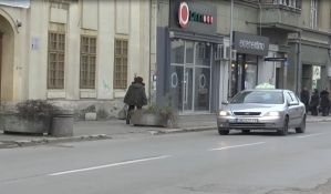 Sremska Mitrovica: Problem neregistrovanih taksista ne jenjava