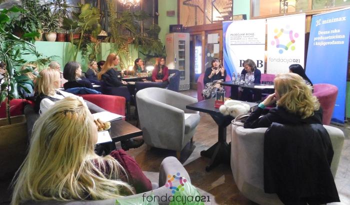 FOTO: Ženski biznis klub u Novom Sadu posvećen finansijama i kreditima