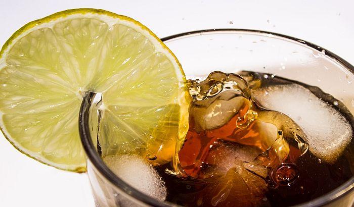 Porez na zaslađena gazirana pića