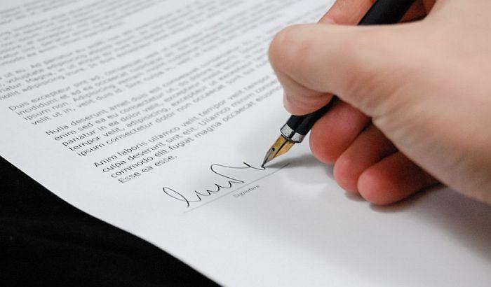 Građani moraju da zakazuju i kod notara