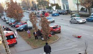FOTO: Hitna pomoć se sudarila u Cara Dušana, petoro povređeno