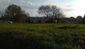 FOTO: Preminuo mladić u sudaru autobusa GSP-a i automobila na Klisi