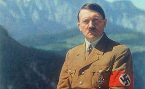 Hitlerov telefonski imenik prodat za 33.000 funti