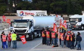Kamiondžije u Francuskoj blokirale puteve zbog zakona o radu