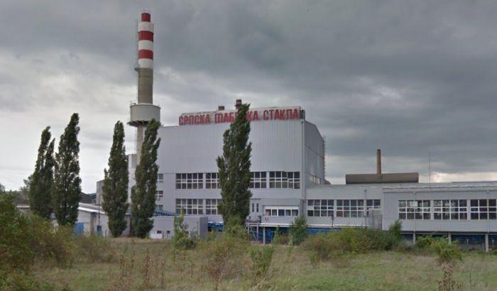 Otpušteno 230 radnika staklare u Paraćinu, obaveštenje ih sačekalo na vratima firme