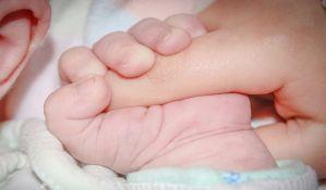 Roditelji osuđeni za smrt bebe koju su hranili heljdinim mlekom