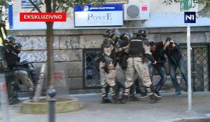 Odloženo suđenje žandarmima koji su pendrečili braću Vučića i Malog