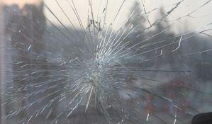 Troje poginulo u sudaru bagera i džipa