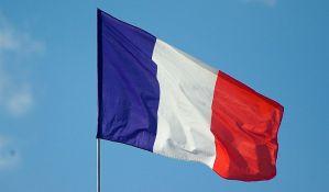 Francuska zastava na pola koplja u znak poštovanja žrtava u Španiji