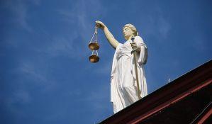 Sud pustio bivšeg