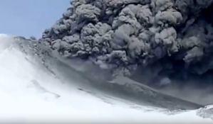 VIDEO: Vulkan u Rusiji eruptirao prvi put posle 250 godina