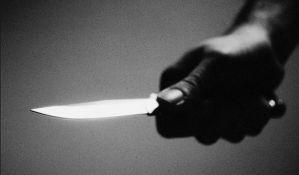 Uz pretnju nožem pljačkali prodavnice po Novom Sadu