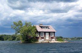 Just Room Enough Island - najmanje naseljeno ostrvo na svetu