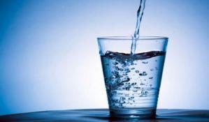 Koliko vode stvarno treba piti tokom dana