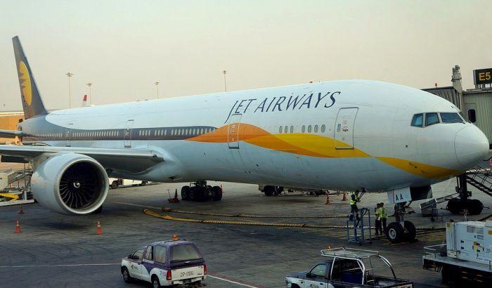 Beba koja se rodila u avionu može besplatno da leti tom kompanijom do kraja života