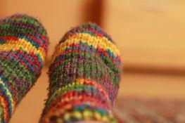Treba li skidati čarape na spavanju?