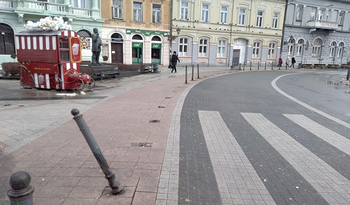 Zatvara se divlji ulaz u pešačku zonu iz Dunavske ulice