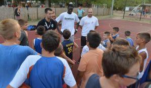 Besplatni košarkaški treninzi za decu na Štrandu do kraja avgusta