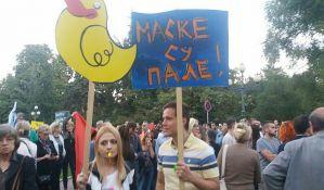 Nekoliko hiljada građana protestovalo zbog rušenja u Savamali