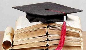 Produžen rok večitim studentima