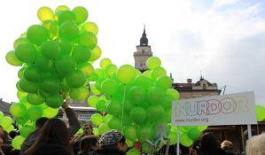 VIDEO, FOTO: Novosađani pustili u vazduh balone u čast bolesne dece