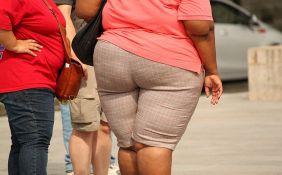 Naučnici: Hemikalije iz ambalaže i odeće doprinose gojenju