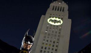 LA kao Gotam Siti u znak sećanja na Adama Vesta